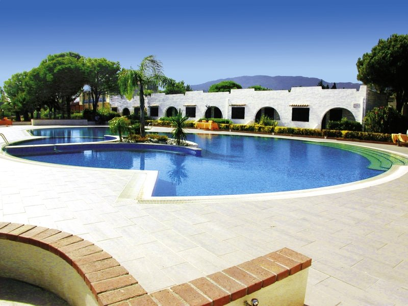 Estella Club Village & Residence