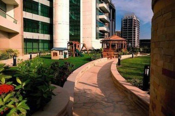 Time Oak Hotel & Suites