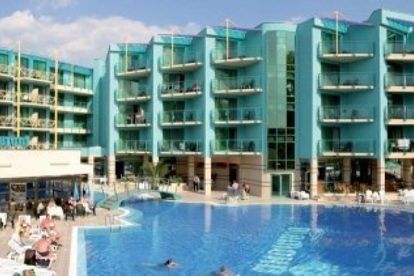 Dom Pedro Madeira - Ocean Beach Hotel