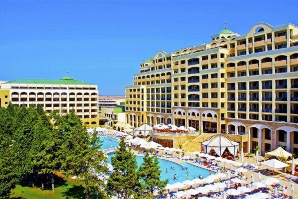 Sol Nessebar Resort