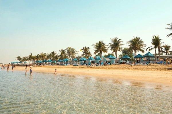Ras al Khaimah: Smartline Beach Resort 4* s AI z Krakova (slovenský delegát)