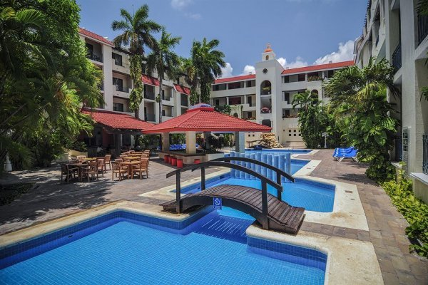 Adhara Cancun
