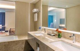 Radisson Blu Hotel Ajman recenzie