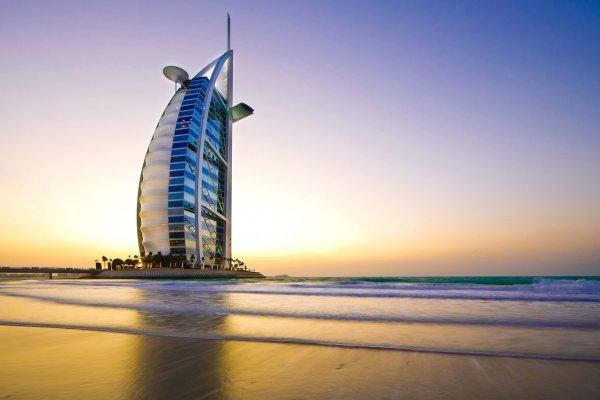 Dubaj: City Seasons 4* (slovenský delegát)