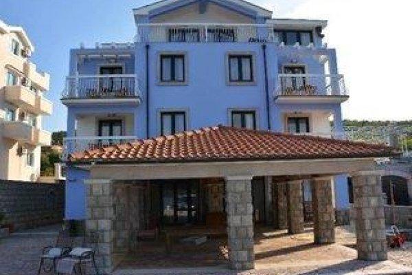 Aparthotel Villa Lav