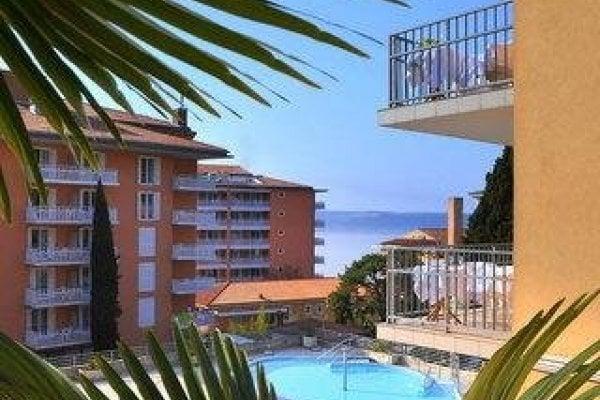 Socializing Hotel Mirna - Lifeclass Hotels & Spa