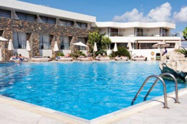 The Island - Erwachsenenhotel