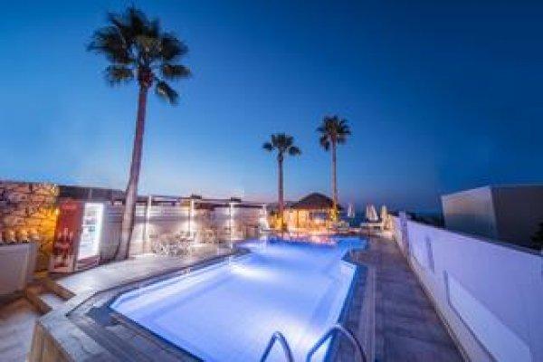 Soleil Apartments & Suites