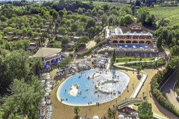 Camping Village Norcenni Girasole Club By Happycamp