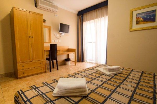 Mavina Hotel & Apartements