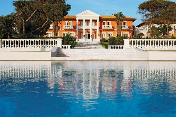 Grecotel Mandola Rosa Suites & Villas