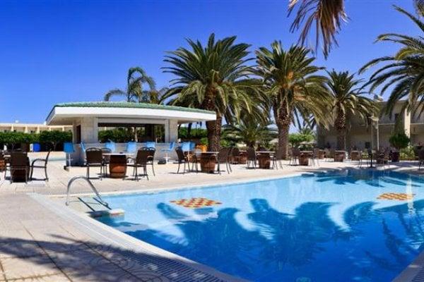 Sandy Beach Hotel & Family Suites