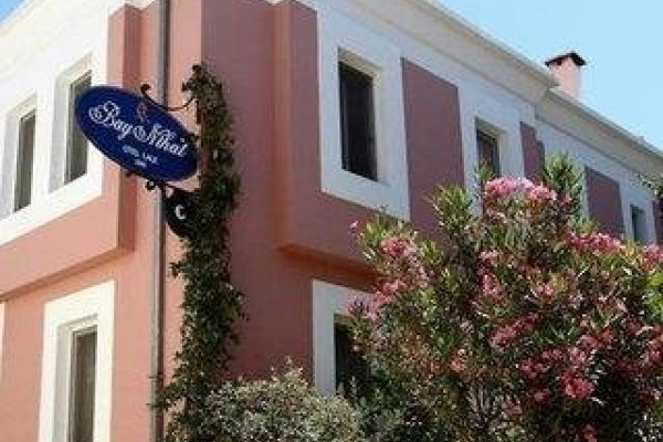 Bay Nihat Lale Hotel