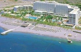 lti Amada Colossos Resort recenzie