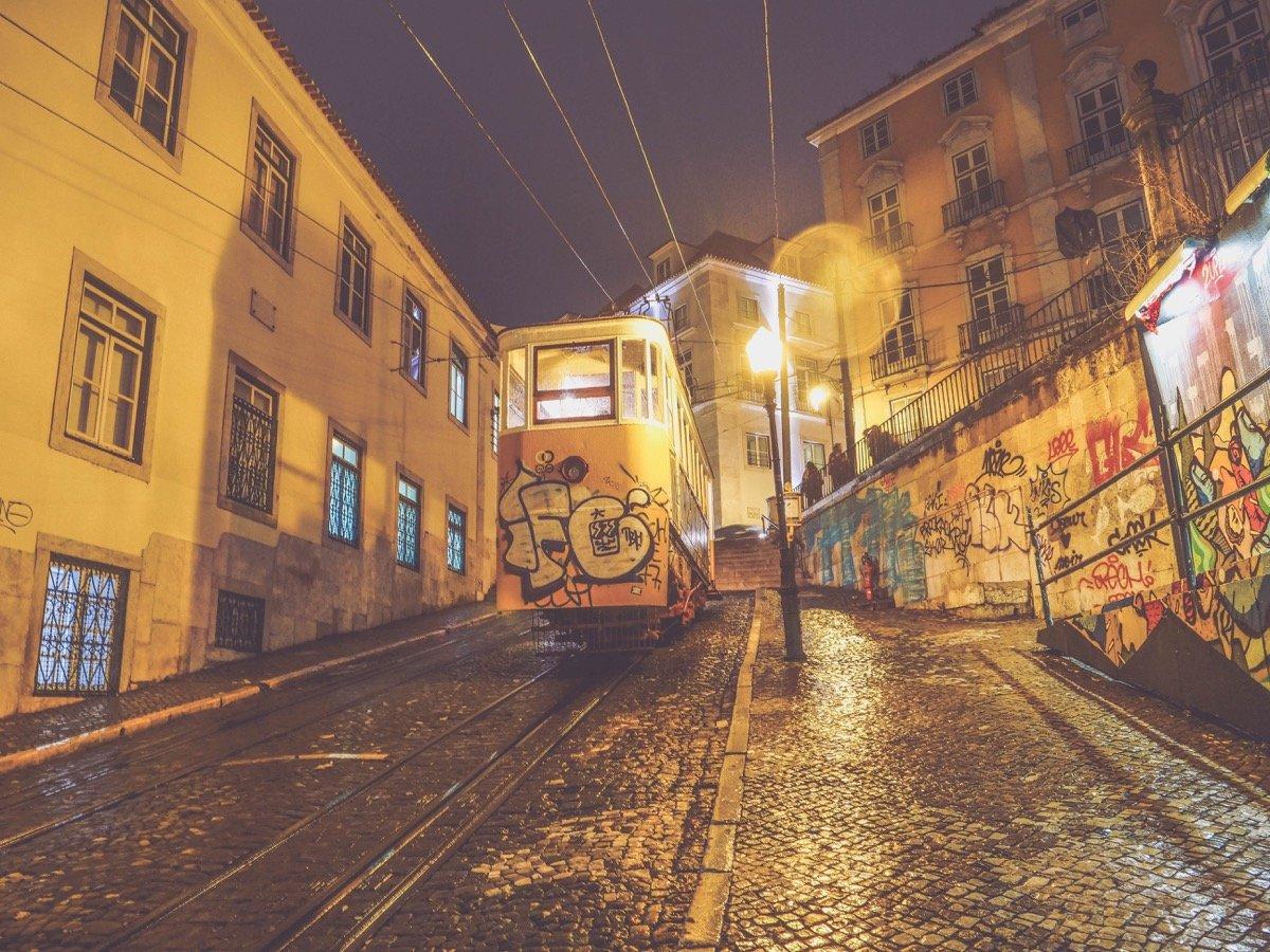 bairro alto lisabon